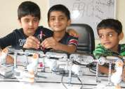 Robotic classes for children and kids
