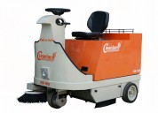 Ride on battery operated sweeping machine