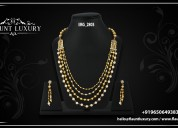 Buy gold and diamond necklaces for women in delhi