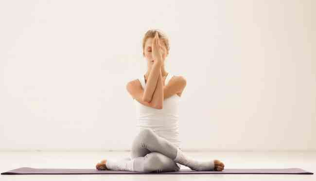 Personal Yoga Instructors at Home in Mumbai