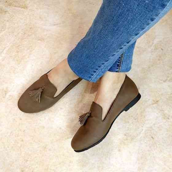 Buy James Brown Tassel Loafers for Women at PAIO