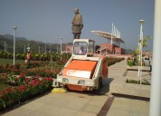 Industrial sweeping machine on rent