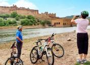 Explore hidden gems of jaipur on a walking tour |