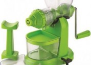 Juicer to extract fresh juices from fruits.