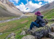 Trekking in sangla