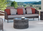 Make your summertime relaxing with style